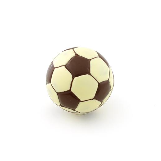 Pelota de fútbol grande